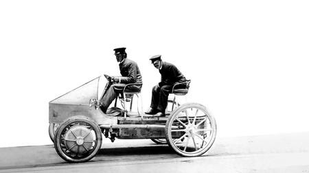 Primer Porsche eléctrico